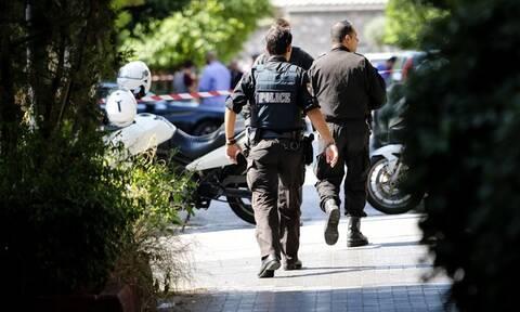 Έγκλημα στο Παλαιό Φάληρο: Σοκάρει ο αδελφοκτόνος - Τι είπε στους αστυνομικούς