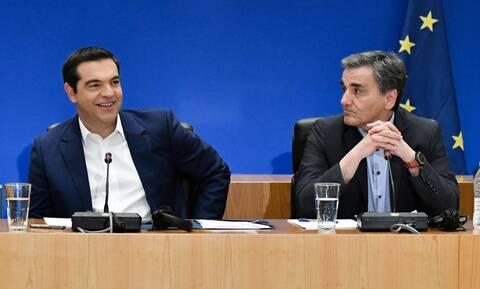 Παροχές Τσίπρα: Αυτός είναι ο προεκλογικός «μποναμάς» – Εξηγήσεις ζητούν οι δανειστές