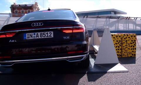 Δείτε πως το Audi A8 «ανασηκώνεται» σε πλευρική σύγκρουση