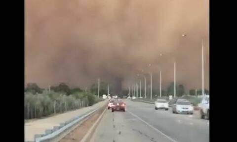 Έγινε η μέρα... νύχτα! Τεράστια αμμοθύελλα «κατάπιε» πόλη στην Αυστραλία (vid)