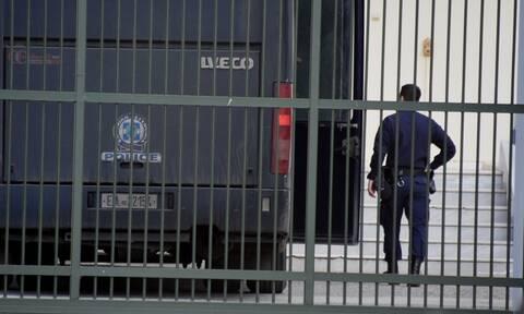 Το ΣτΕ μετέτρεψε την απόλυση διευθύντριας των αγροτικών φυλακών Κασσαβέτειας σε κράτηση 3 μισθών