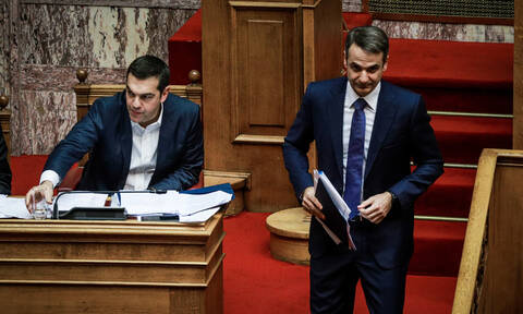 Ψήφος εμπιστοσύνης: Άγρια σύγκρουση Τσίπρα - Μητσοτάκη στη Βουλή (vids)