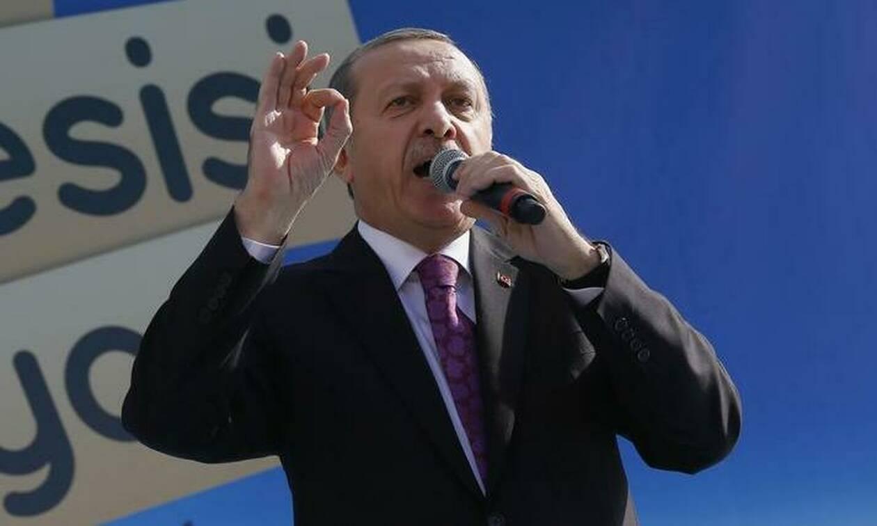 Πολεμικές ιαχές Ερντογάν: Καμιά απειλή και κανένα εμπάργκο δεν θα μας σταματήσει