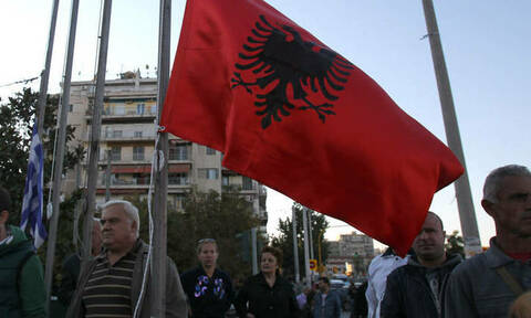 Προβοκάτσια Αλβανών: Βανδάλισαν τις νέες δίγλωσσες πινακίδες στο Δήμο Φοινίκης