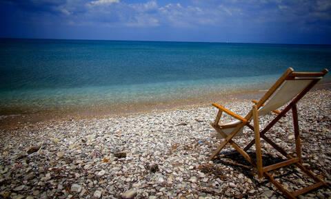 Οι Sunday Times αποθεώνουν τα ελληνικά νησιά - Ένα τεύχος «ύμνος»