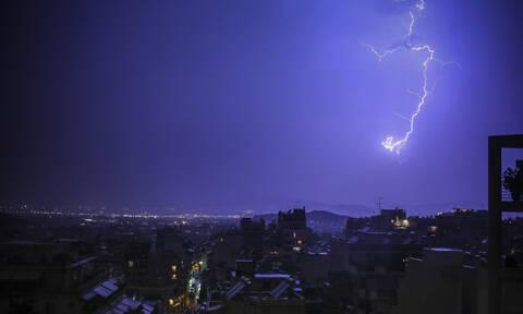 Έκτακτο δελτίο επιδείνωσης καιρού - ΕΜΥ: Έρχονται ισχυρές καταιγίδες, βροχές και χαλάζι