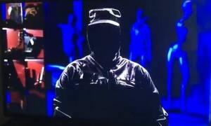 Μαυροφορεμένος άνδρας μετέδωσε live... απειλητικό μήνυμα στον αγώνα ΠΑΟΚ - ΑΕΚ (pics)
