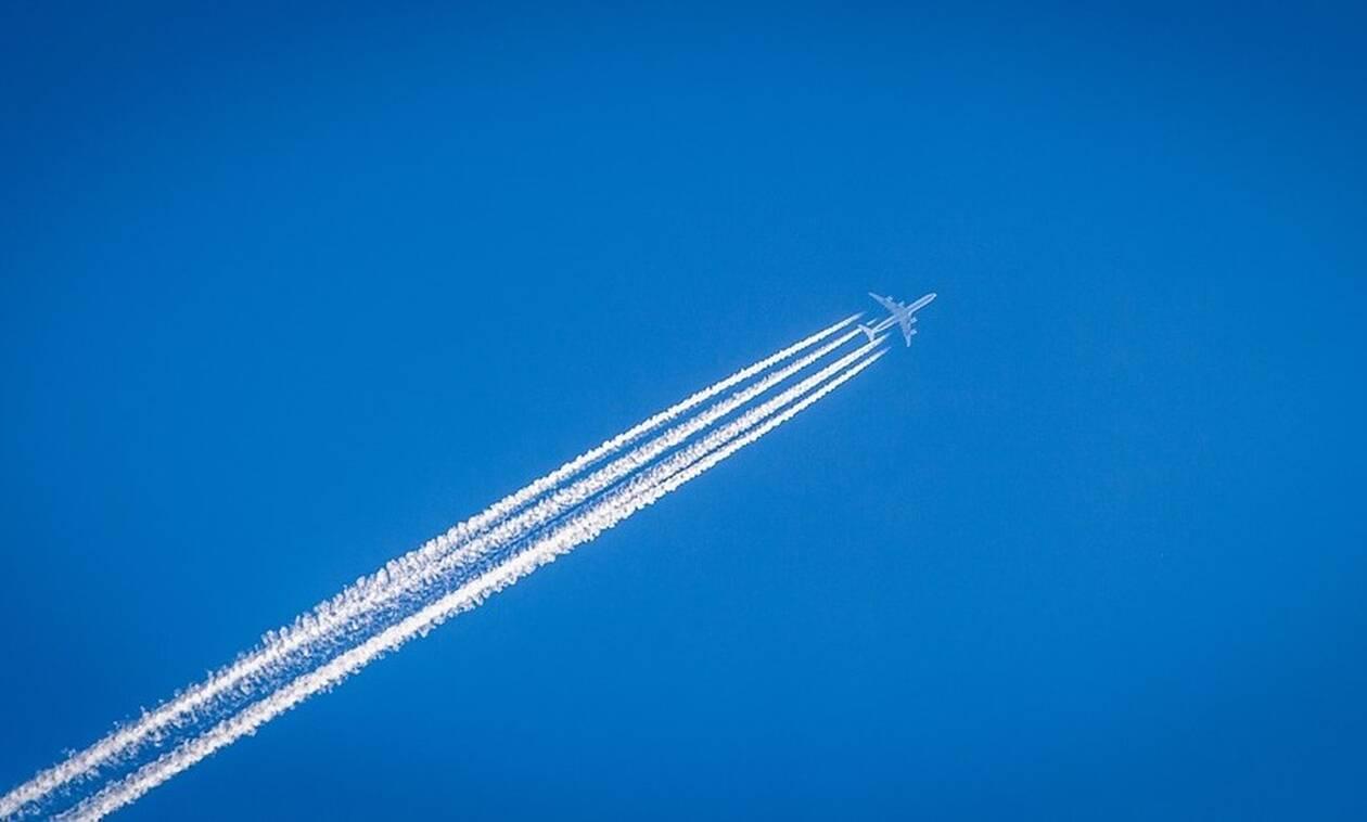 Τρόμος: Πιλότος λιποθύμησε για 40 λεπτά εν ώρα πτήσης! (pics)