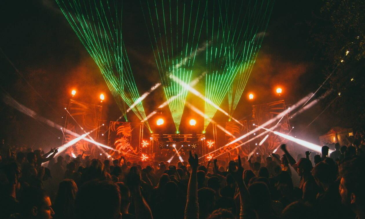 Αυτή είναι η χώρα που απαγορεύει τα night clubs λόγω «ανήθικων πράξεων»
