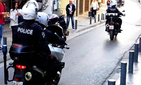 Εξάρχεια: Μεγάλη επιχείρηση της Δίωξης Ναρκωτικών - Πέντε οι συλλήψεις