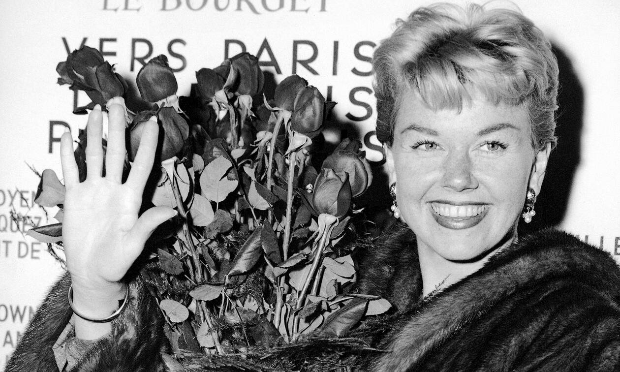 Παγκόσμια συγκίνηση: Πέθανε η ηθοποιός και τραγουδίστρια Ντόρις Ντέι (pics&vids)