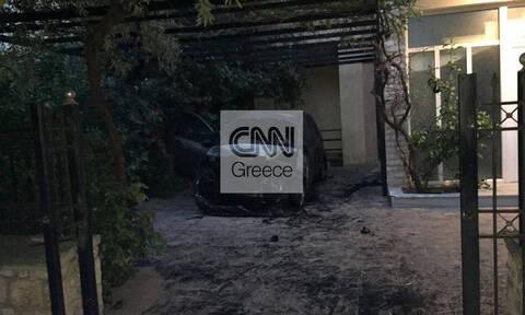 Εμπρηστική επίθεση κατά της δημοσιογράφου του CNN Greece Μίνας Καραμήτρου