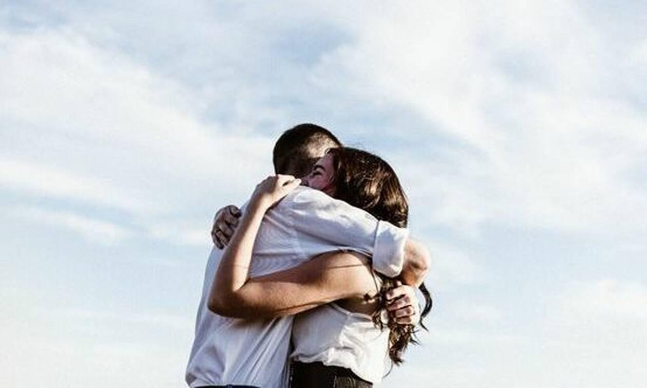 dating με μια ηλικιωμένη γυναίκα 3 χρόνια διασκέδαση ραντεβού ιδέες Σίδνεϊ