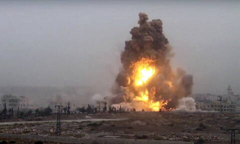 Συρία: Δεκαπέντε νεκροί από βομβαρδισμούς την Τρίτη