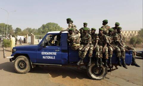 Σφαγή στο Νίγηρα: Νεκροί 28 στρατιώτες από ενέδρα ενόπλων στα σύνορα με το Μάλι