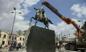 Εκλογές 2019: Αυτή είναι η υποψήφια που δεν θέλει το άγαλμα του Μεγάλου Αλεξάνδρου (pics)