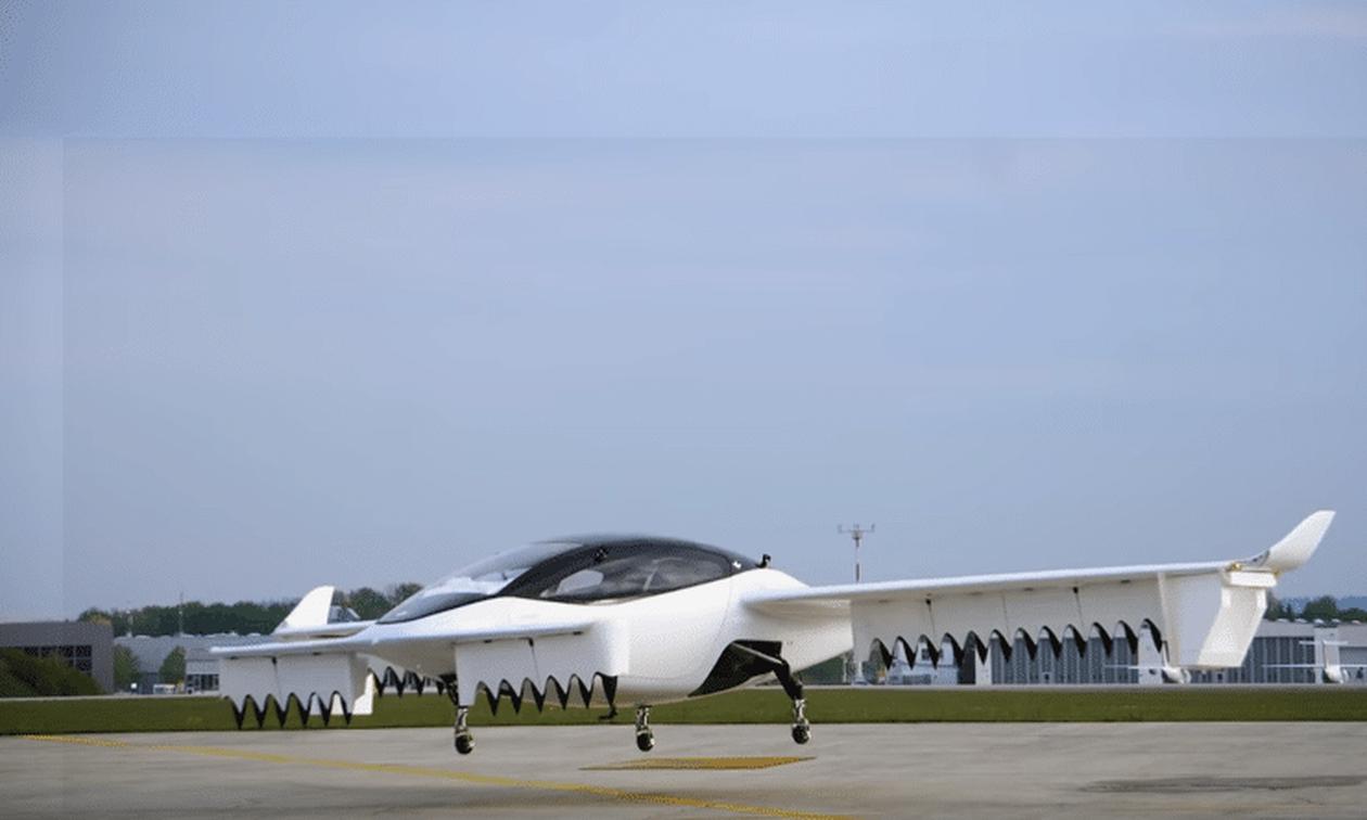 Επίσημο! Παρουσιάστηκε το πρώτο ιπτάμενο ταξί! (pics+vid)