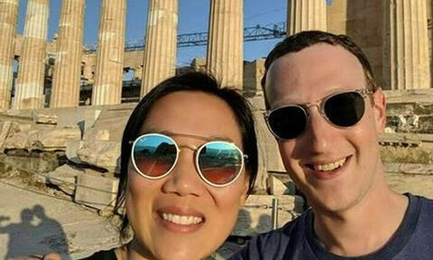 Основатель Facebook Марк Цукерберг посетил Акрополь