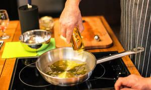 Τηγανητά φαγητά: Οι επιπτώσεις τους στην υγεία μας (vid)