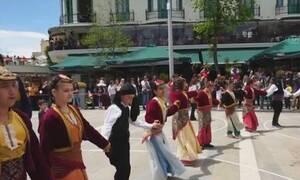 Χίλια πεντακόσια παιδιά - χορευτές στο 13ο Αντάμωμα συγκροτημάτων (video)