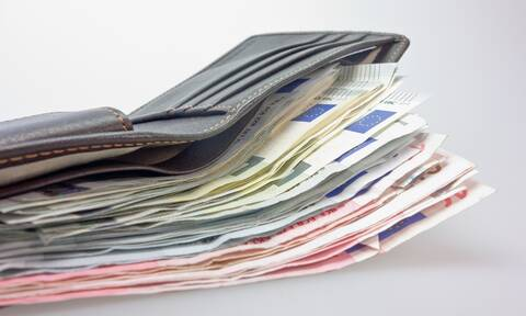Ξεκίνησε εβδομάδα πληρωμών - Ποιοι θα πάνε ταμείο μέχρι τις εκλογές