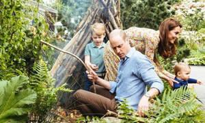 Kate Middleton - Πρίγκιπας William: Δείτε τις νέες φωτογραφίες της πριγκιπικής οικογένειας (pics)