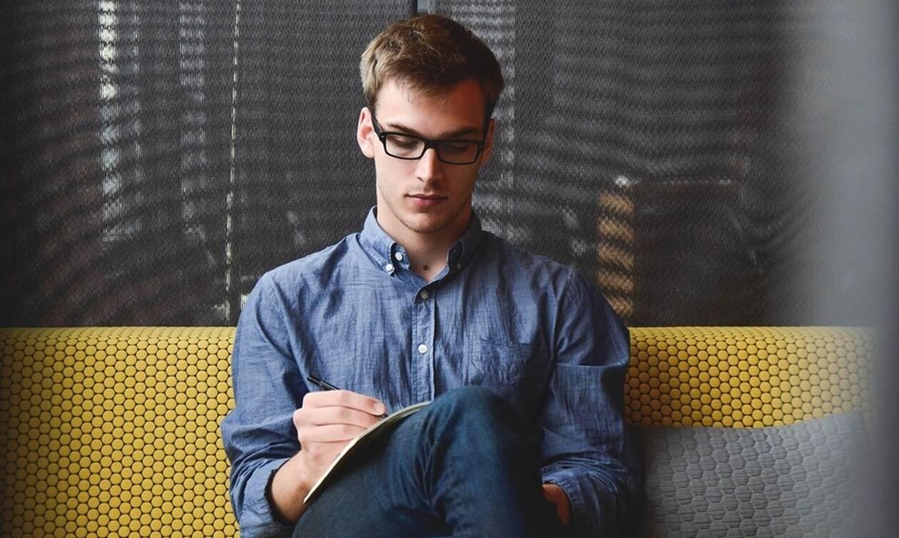 ΟΑΕΔ: Είστε άνεργοι μέχρι 29 ετών; Αυτά τα προγράμματα σας αφορούν