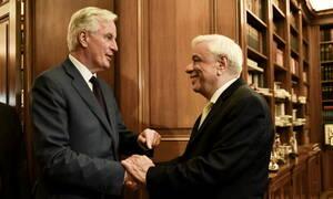 Η Κυπριακή ΑΟΖ και το Brexit στο επίκεντρο της συνάντησης Παυλόπουλου με Μπαρνιέ (pics)