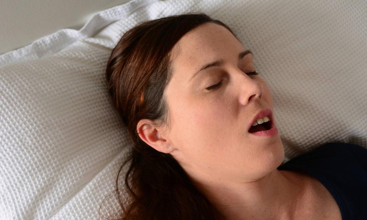 Υπνική άπνοια: Μπορεί να προκαλέσει καρκίνο; Δείτε τα ποσοστά