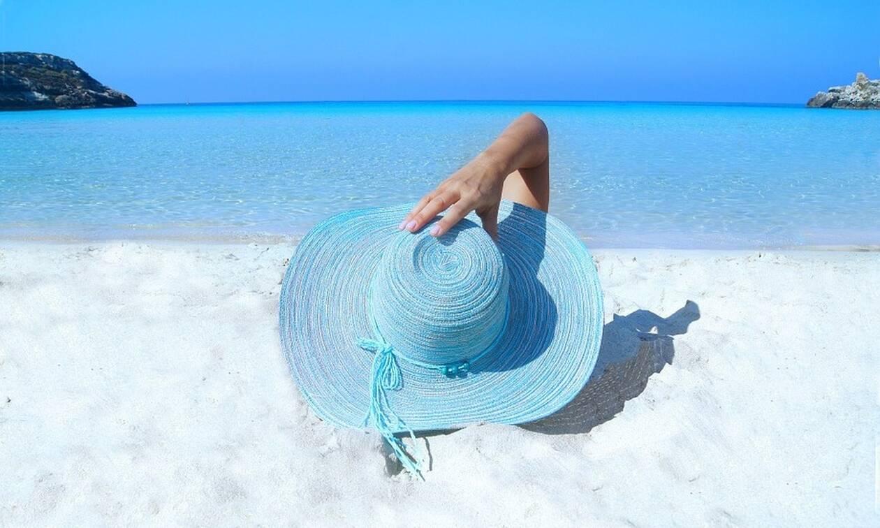«Travel+Leisure»: Δύο ελληνικά νησιά στις 10 καλύτερες προτάσεις για τις διακοπές σας (pics)