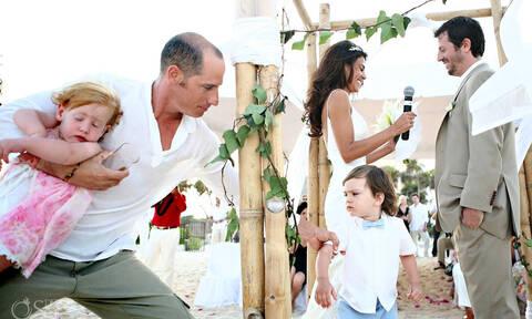 Αστείες στιγμές με παιδιά σε γάμους που έκλεψαν την παράσταση (pics)