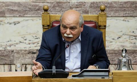 Βούτσης για την επίθεση στη Βουλή: Αντιδημοκρατική και απαράδεκτη ενέργεια