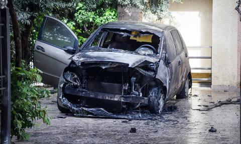 Ανάληψη ευθύνης για τον εμπρησμό του οχήματος της Μίνας Καραμήτρου