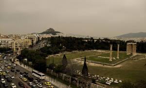 Καιρός: Ζέστη και αφρικανική σκόνη την Τετάρτη – Πού θα βρέξει