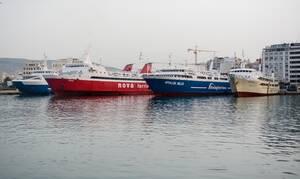 Βρέφος τραυματίστηκε από κλείσιμο πόρτας πλοίου εν πλω