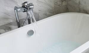 Φρικτός θάνατος για 24χρονη: Χτύπησε στη μπανιέρα, παρέλυσε και πνίγηκε στο νερό