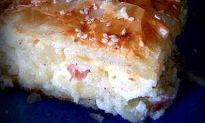 Αφράτη και ζουμερή μακαρονόπιτα με φύλλo κρούστας (pics)