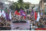 Live Τσίπρας Το παλιό κατεστημένο στόχο έχει να μας ξαναγυρίσει στα σκοτάδια των μνημονίων