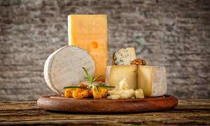 Κάνετε δίαιτα; Τα καλύτερα τυριά με χαμηλά λιπαρά (εικόνες)