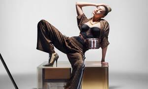 H Gigi Hadid είναι το νέο πρόσωπο της συλλογής Monogram της Burberry