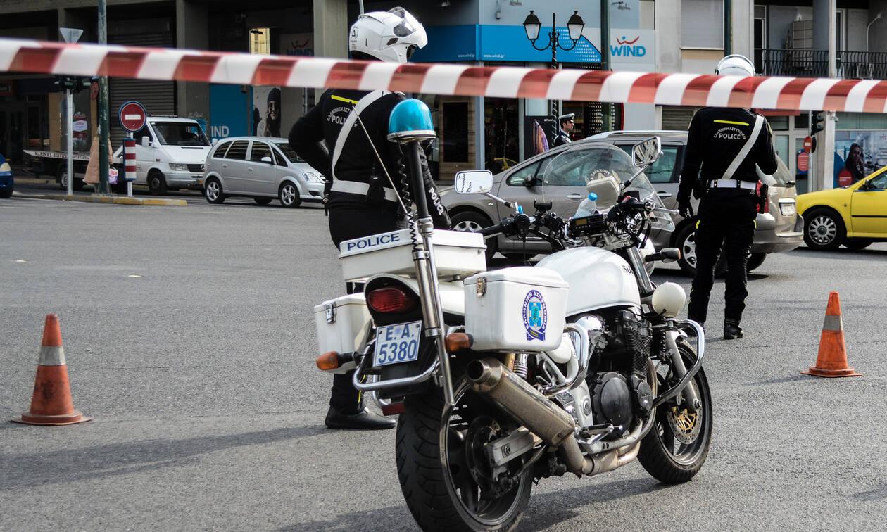 Κινηματογραφική ληστεία στην Καισαριανή: Τράβηξαν όπλο στη μέση του δρόμου