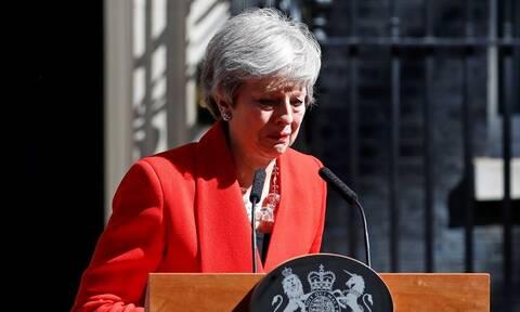 Βρετανία: Τα επικρατέστερα σενάρια για το Brexit μετά την παραίτηση Μέι