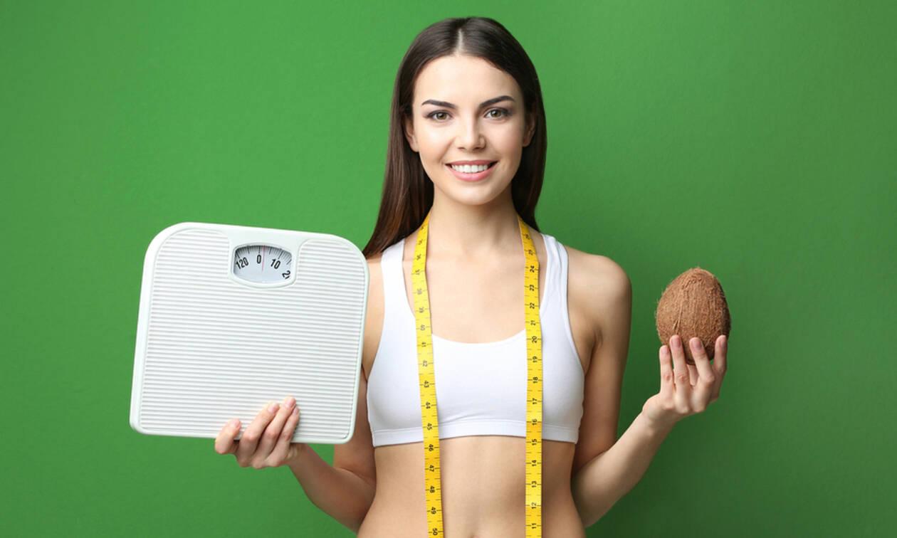 Καθημερινό ζύγισμα: Πόσο βοηθά στην απώλεια βάρους