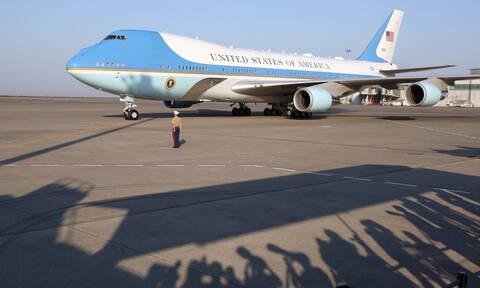 Στην Ιαπωνία το ζεύγος Τραμπ - Η εντυπωσιακή εμφάνιση της Μελάνια (pics)