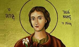 Συγκλονιστικό: Ο Άγιος Ιωάννης ο Ρώσος ζητά την αλλαγή των αμφίων του!