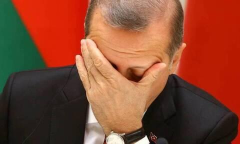 «Διαλύουν» την Τουρκία: Ναυτικός αποκλεισμός από Αίγυπτο, Λιβύη - «Θα σας βουλιάξουμε, αν τολμήσετε»