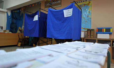 Εκλογές 2019: Εκλογικό κέντρο σε άθλια κατάσταση – Εικόνες ντροπή (pics+vid)