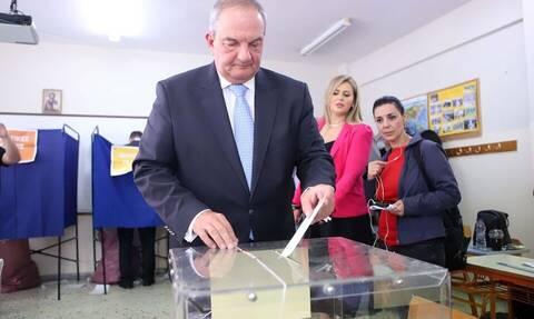 Στο 3ο δημοτικό Θεσσαλονίκης ψήφισε ο Κ. Καραμανλής