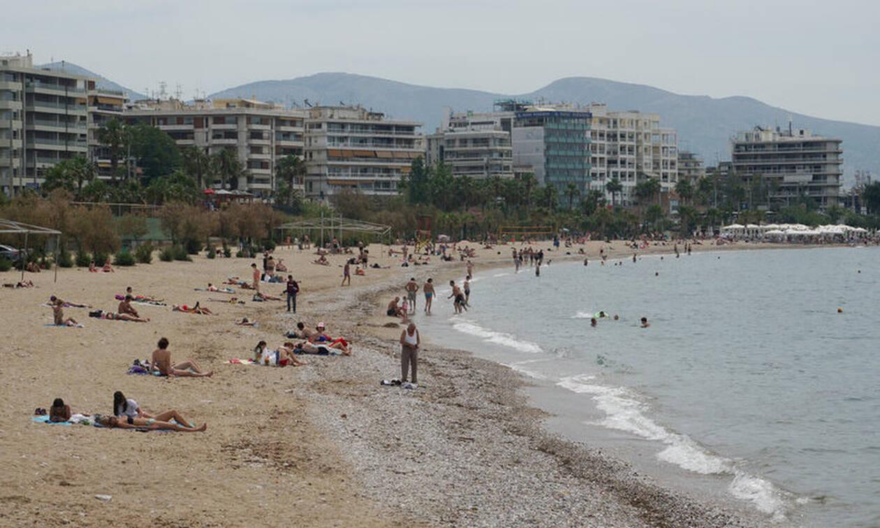 Εκλογές 2019: Από την κάλπη στην θάλασσα - Γέμισαν τις παραλίες οι Αθηναίοι (pics)