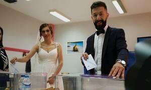 Εκλογές 2019: Από την εκκλησία στο εκλογικό κέντρο (pics)
